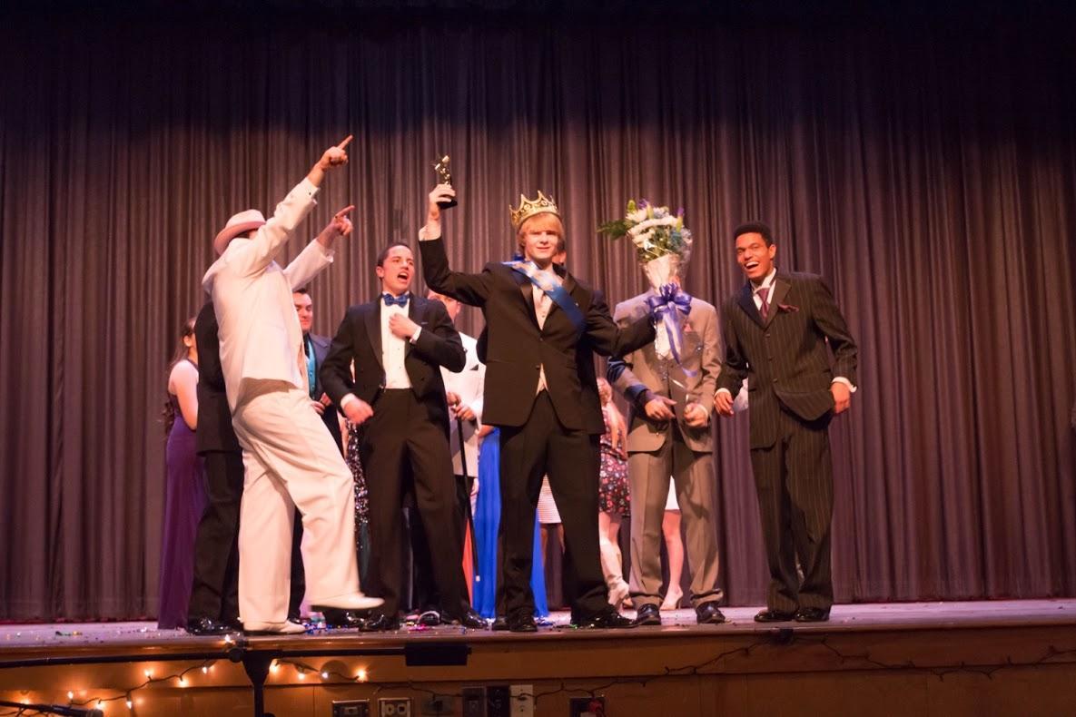 Van Steenburgen Crowned Mr. Cog 2015