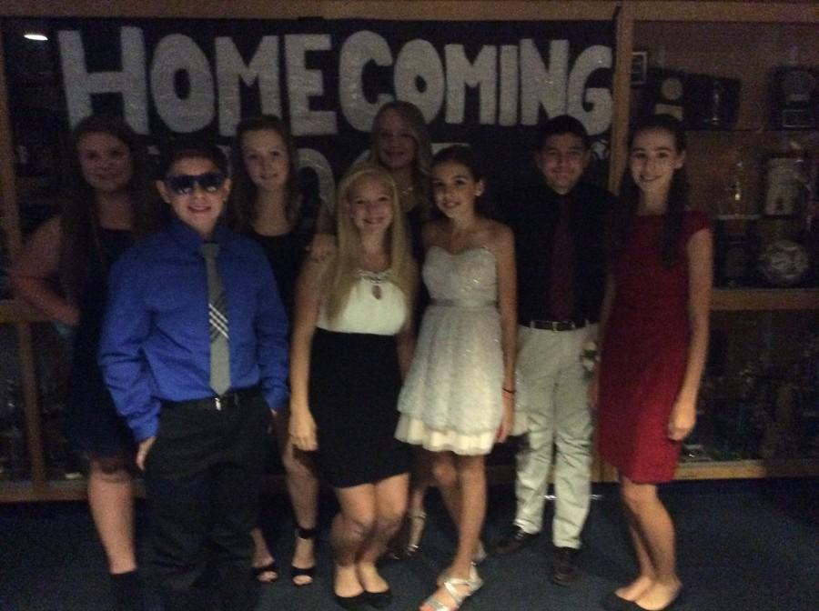 Looks+at+Homecoming+2015