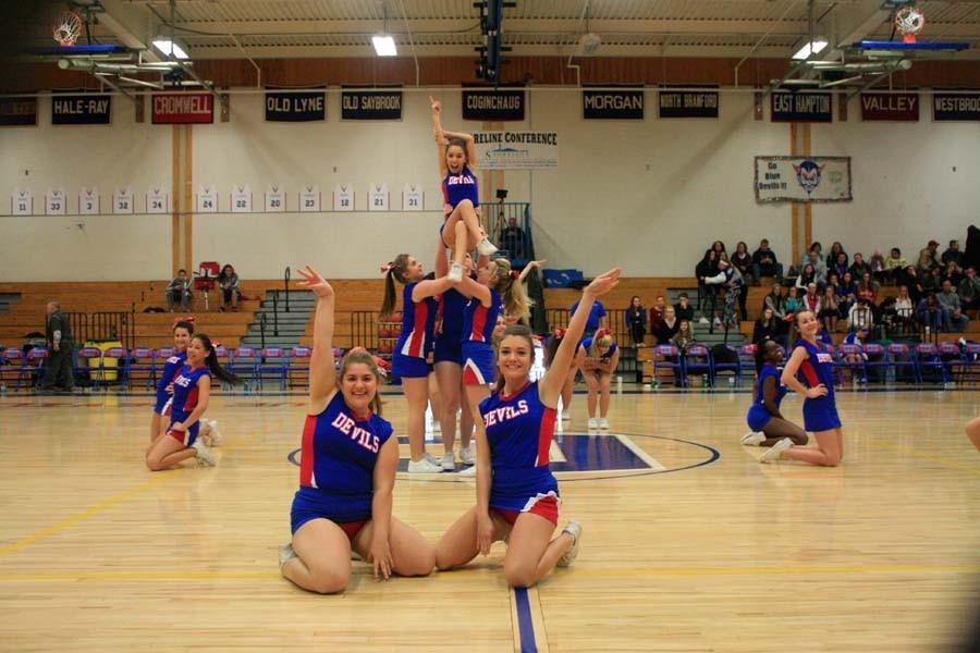 CRHS+Cheer+ending+pose+of+halftime+dance