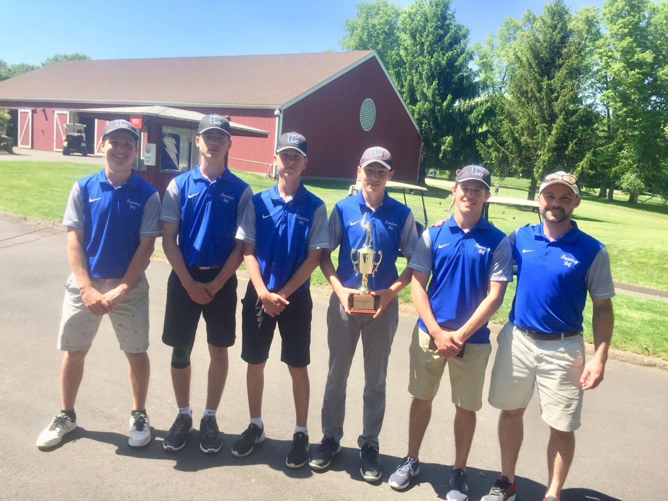 Golf Goes 14-1 in Regular Season; Clinches Second Shoreline Championship in a Row