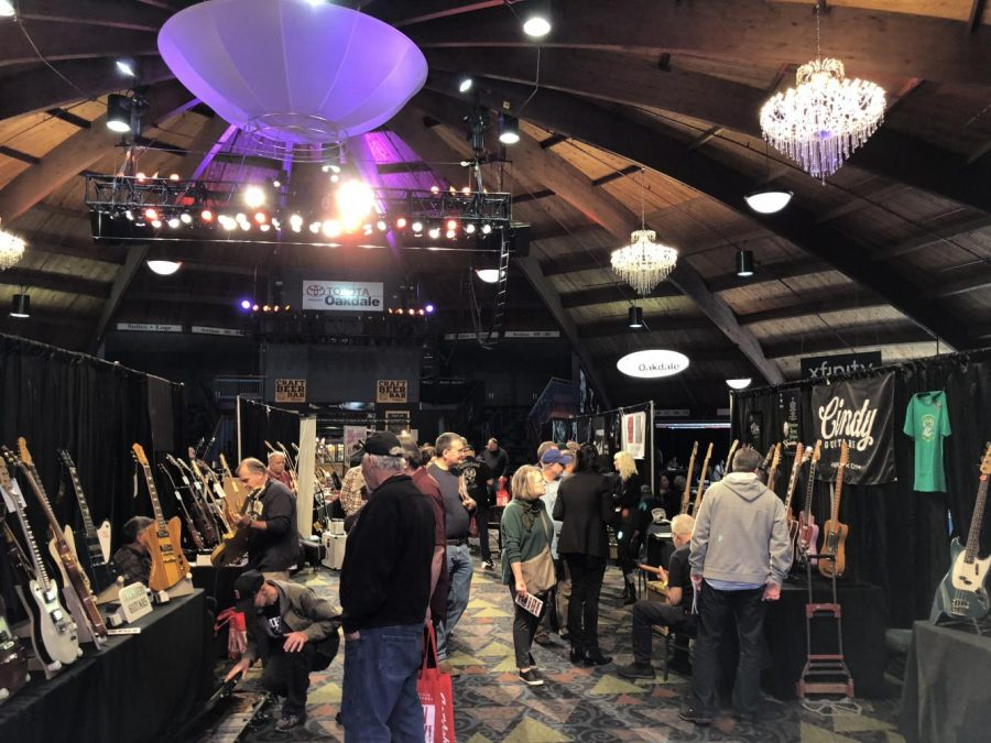 Connecticut Guitar Players and Vendors Come Together at the Oakdale