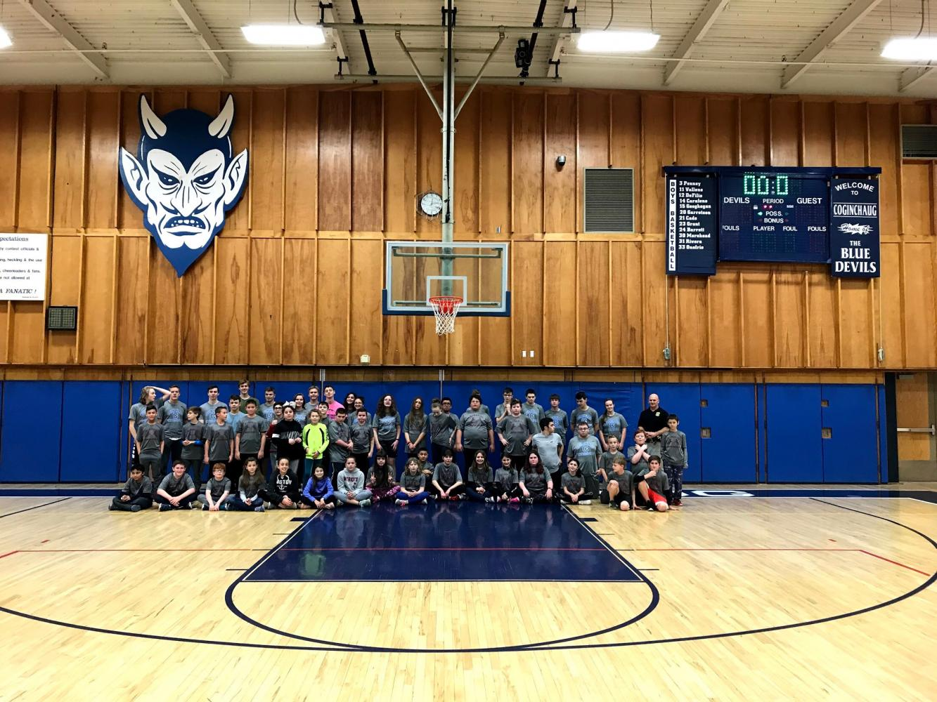 Memorial Middle School visits Coginchaug's Unified Sports class