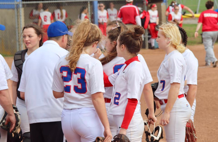 With High Hopes for the Season, Coginchaug Softball off to a 5-3 Start