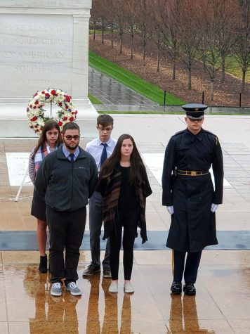 Honoring the Tomb of the Unknown Soldier