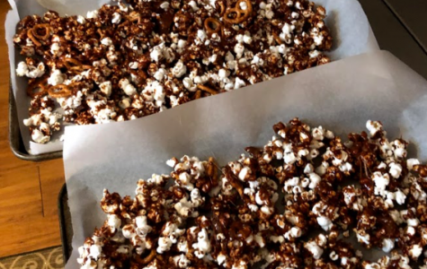 Caramel Moose Munch Recipe